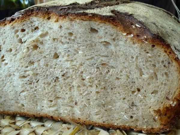 sluníčkový chleba - řez