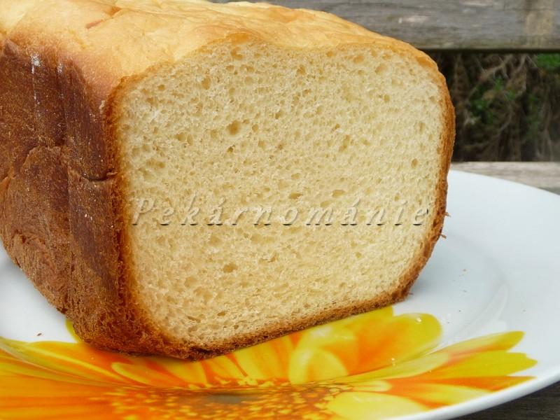 Snídaňový brioškový chlebík