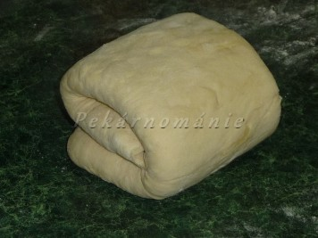 Plundrové těsto - máslové loupáčky