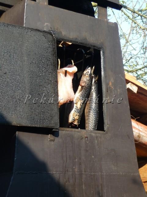 Doma uzená makrela