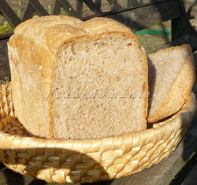 Domácí chlebík s otrubami