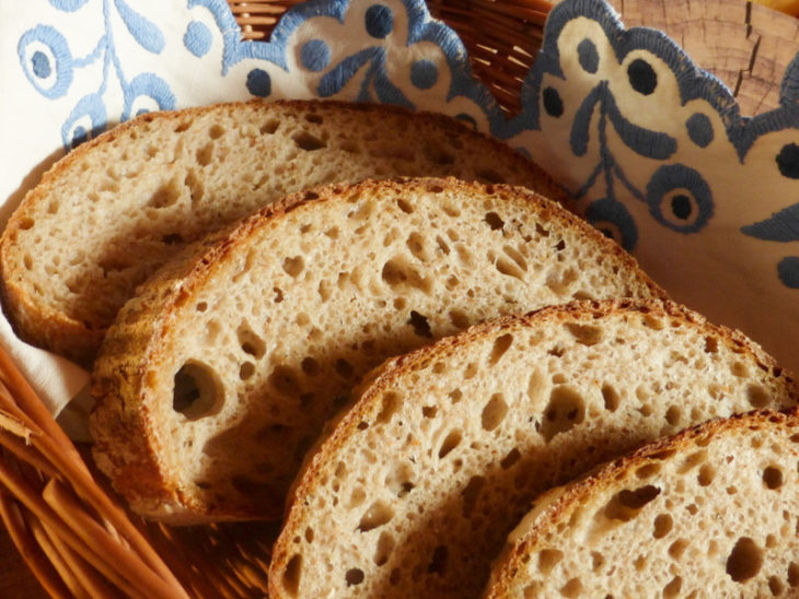 zimní pšenično-žitný chléb s kaší