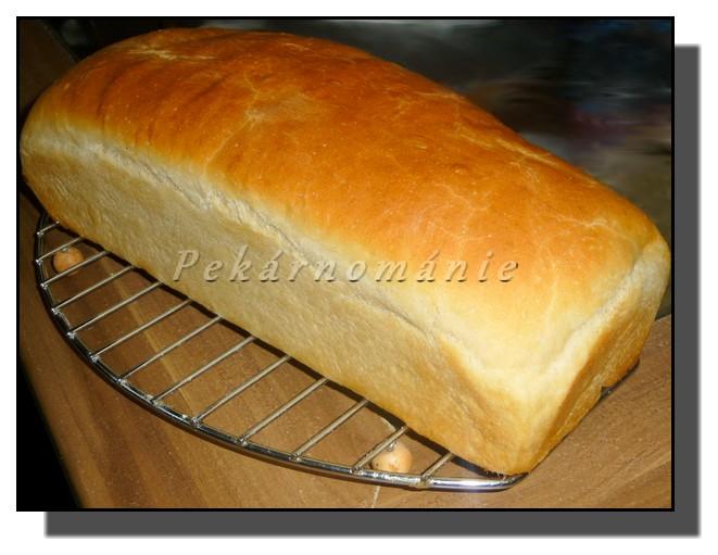 Toustový chleba s omládkem